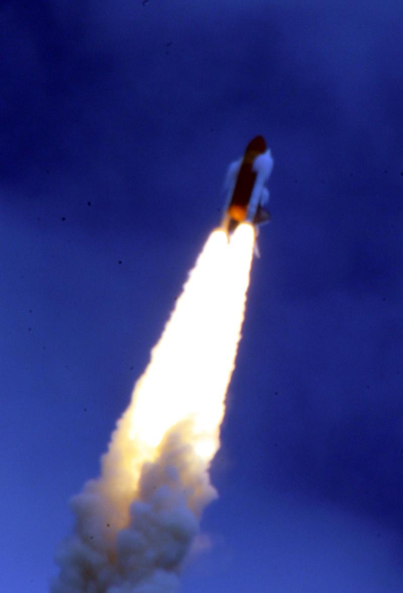 [STS-135, vol final] Suivi du lancement d'Atlantis (08/07/11 à 15h26 GMT) - Page 10 Navett12