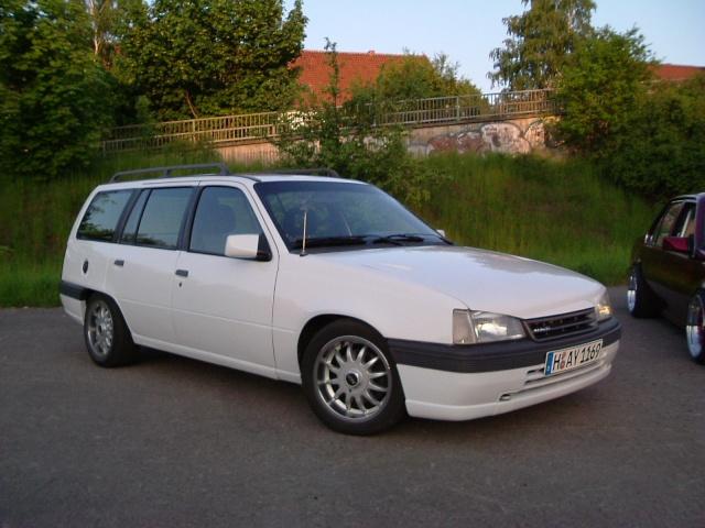 Der Opelmaus ihr alter Kaddy (Kadett E Caravan ) Dscf0112