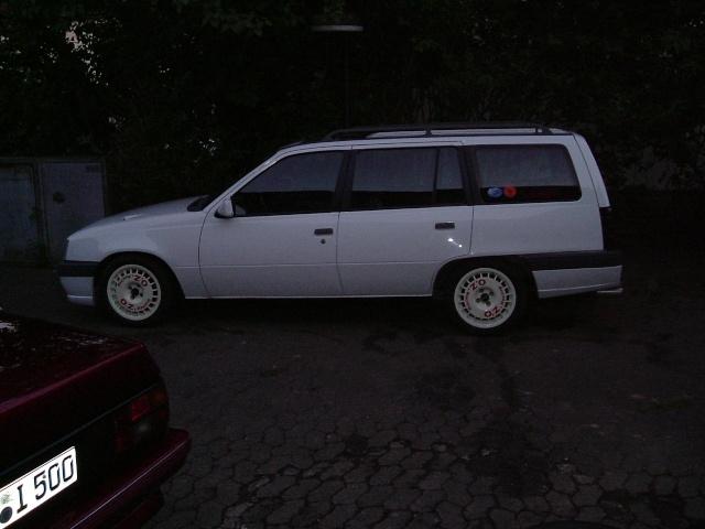 Der Opelmaus ihr alter Kaddy (Kadett E Caravan ) Dscf1410
