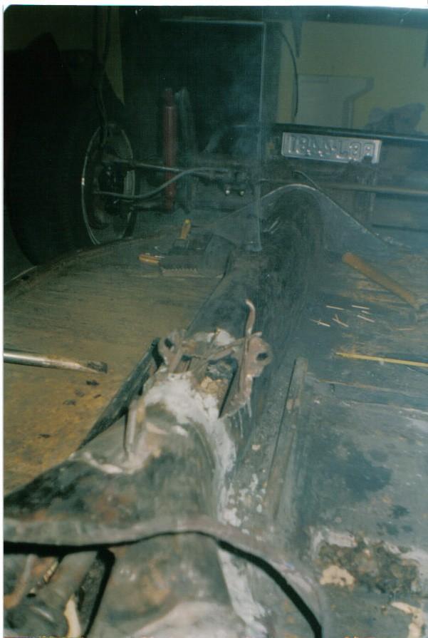 Tinha ninho de ratos por isso a fumaça D2110
