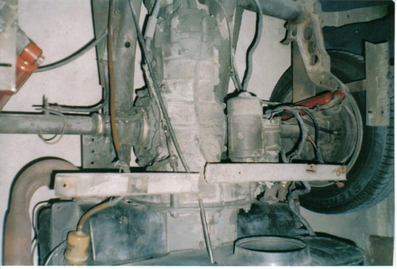 Tinha ninho de ratos por isso a fumaça D2210