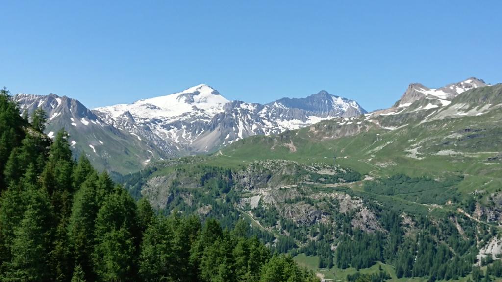 L'Alpage de la Davie depuis Le Chevril 03510