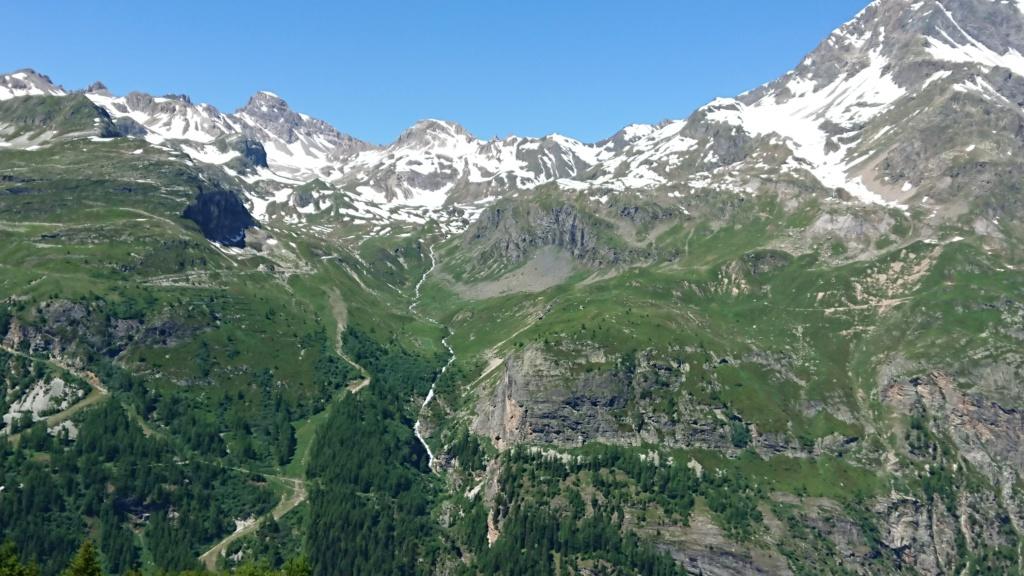 L'Alpage de la Davie depuis Le Chevril 04110