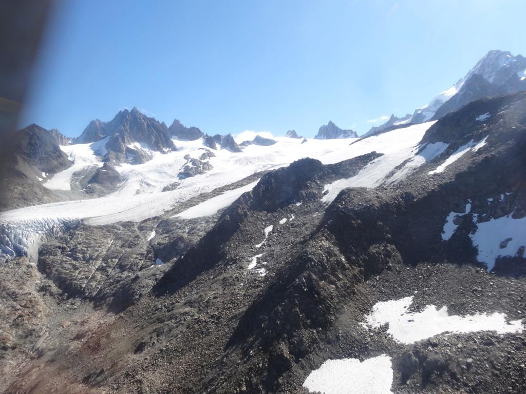 Survol du Massif du Mont Blanc Dsc03011