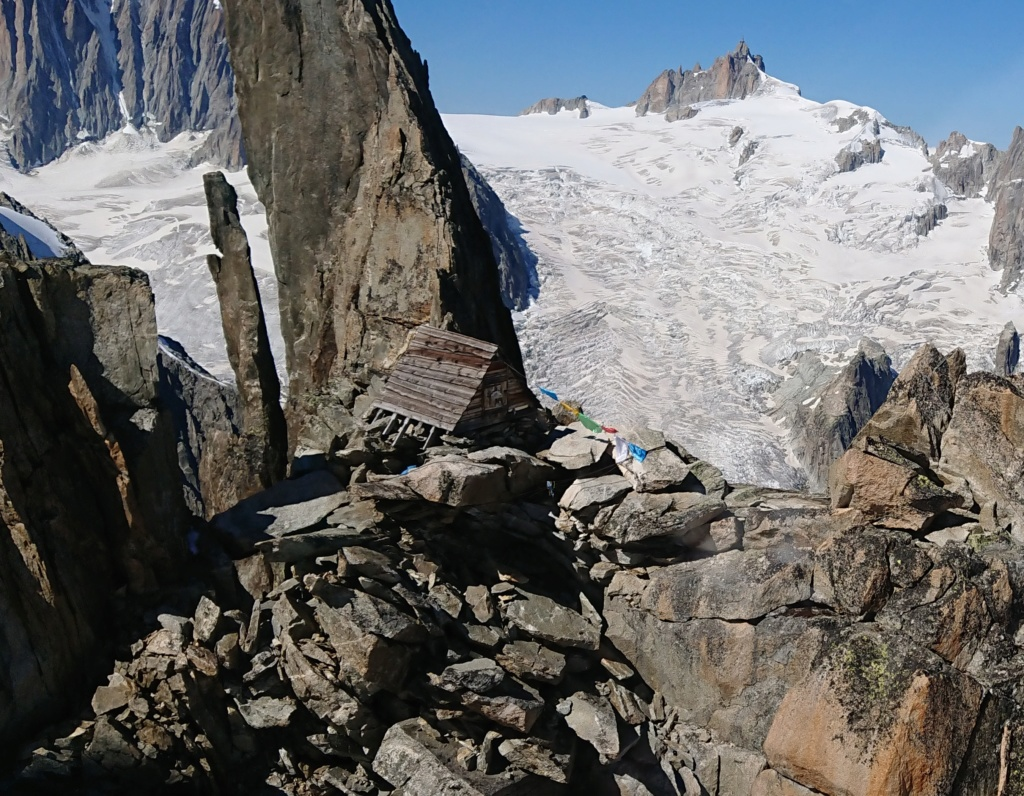 Survol du Massif du Mont Blanc Dscpdc10