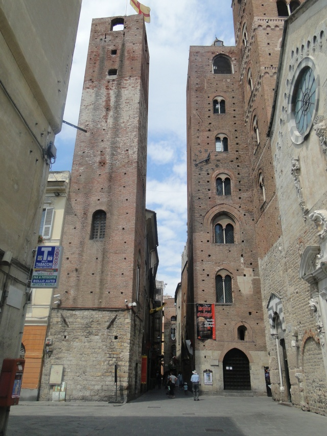 ALBENGA (ITALIE) Albeng12