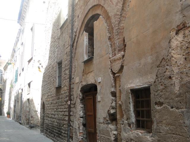 ALBENGA (ITALIE) Albeng17