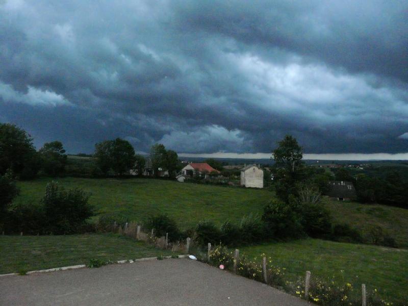 Le calme avant la tempête... P1070610