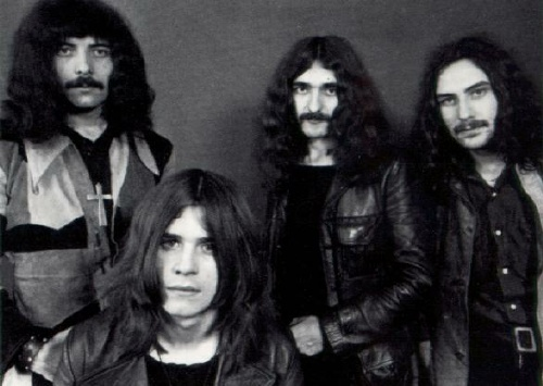 Black Sabbath Blacks10