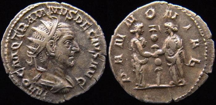 Trajan Dèce Trajan11