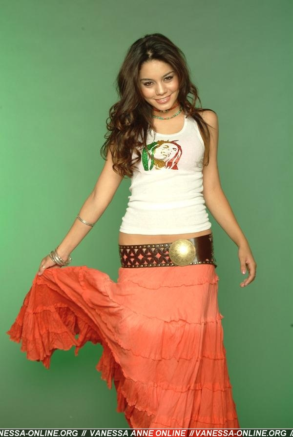 Vanessa Hudgenes Vanesa10
