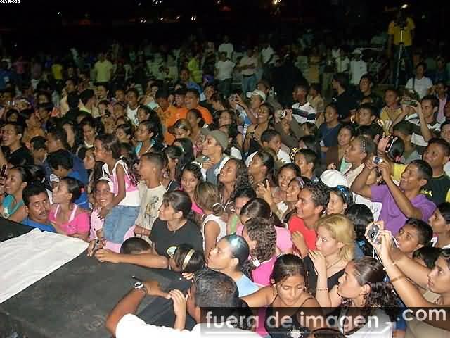 Concierto en Acarigua-Venezuela 05/06/08 Dscn0313