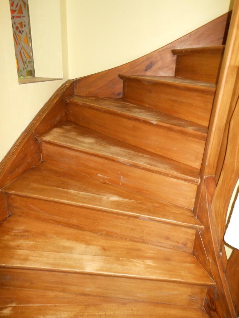 Comment donner un petit coup d'éclat à mon escalier ? Dscn2612