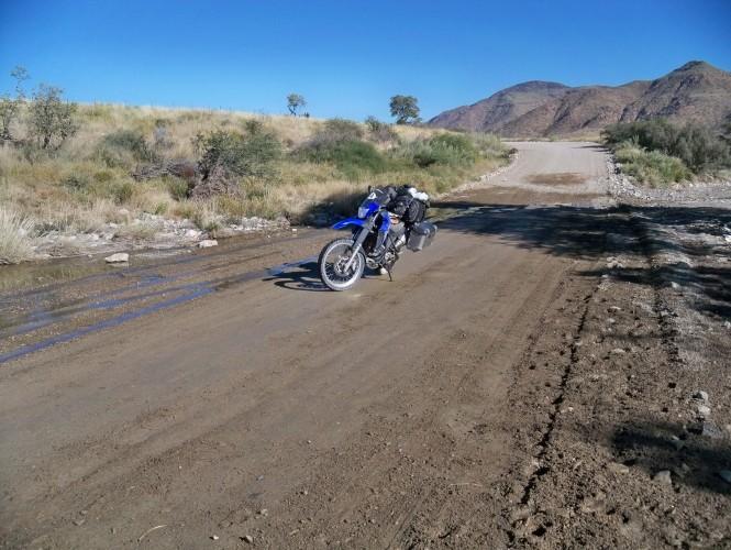 Africa 2011: Sud Africa, Namibia, Zambia su Yamaha XT 660 R e Yamaha XT 660 Z Tenerè Resiz113