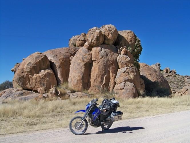 Africa 2011: Sud Africa, Namibia, Zambia su Yamaha XT 660 R e Yamaha XT 660 Z Tenerè Resiz118