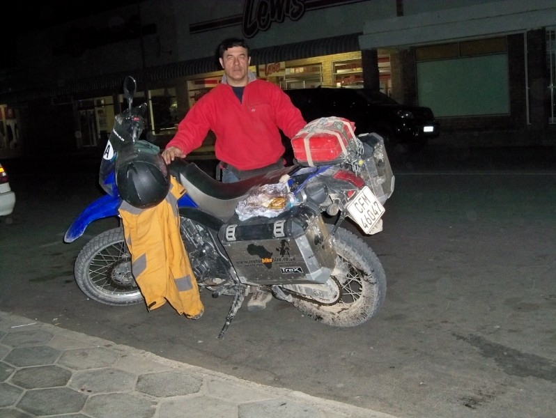 Africa 2011: Sud Africa, Namibia, Zambia su Yamaha XT 660 R e Yamaha XT 660 Z Tenerè Resiz123