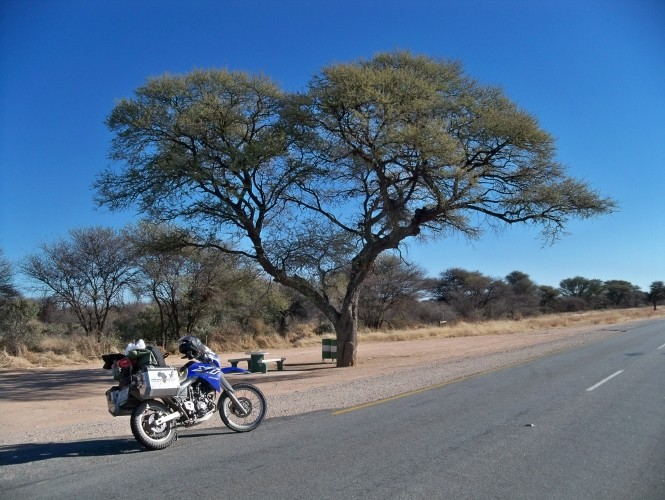 Africa 2011: Sud Africa, Namibia, Zambia su Yamaha XT 660 R e Yamaha XT 660 Z Tenerè Resiz128