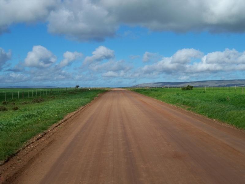 Africa 2011: Sud Africa, Namibia, Zambia su Yamaha XT 660 R e Yamaha XT 660 Z Tenerè Resiz240