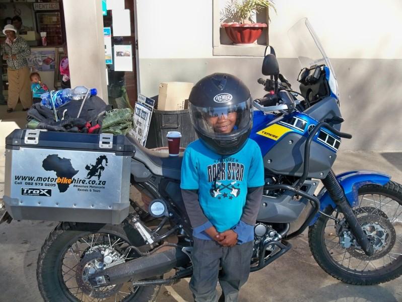 Africa 2011: Sud Africa, Namibia, Zambia su Yamaha XT 660 R e Yamaha XT 660 Z Tenerè Resiz295