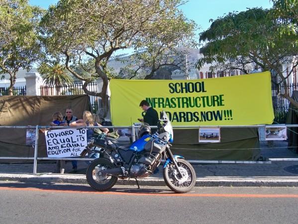 Africa 2011: Sud Africa, Namibia, Zambia su Yamaha XT 660 R e Yamaha XT 660 Z Tenerè Resiz395