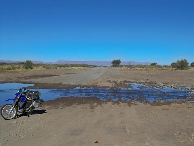 Africa 2011: Sud Africa, Namibia, Zambia su Yamaha XT 660 R e Yamaha XT 660 Z Tenerè Resize61