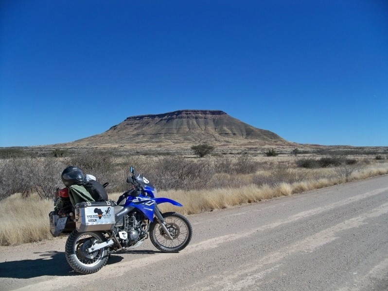 Africa 2011: Sud Africa, Namibia, Zambia su Yamaha XT 660 R e Yamaha XT 660 Z Tenerè Resize71