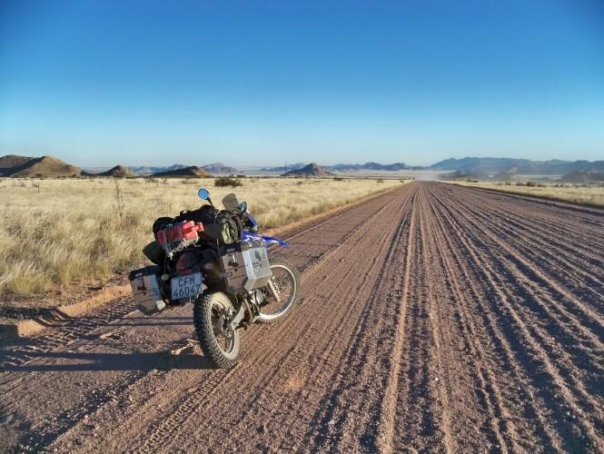 Africa 2011: Sud Africa, Namibia, Zambia su Yamaha XT 660 R e Yamaha XT 660 Z Tenerè Resize78