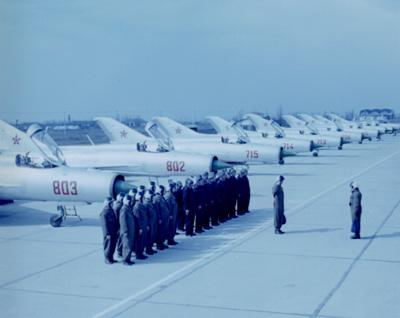 Aeronave militare - Pagina 4 Pf_110