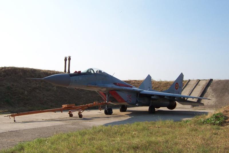 Aeronave militare - Pagina 4 Roias_14