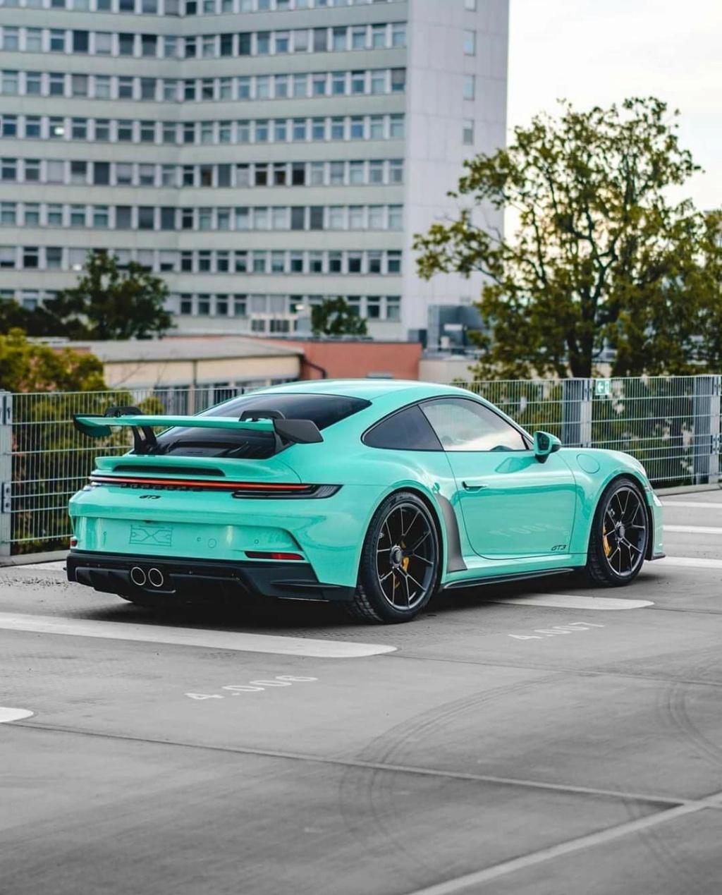 2018 - [Porsche] 911 - Page 24 Fb_im240