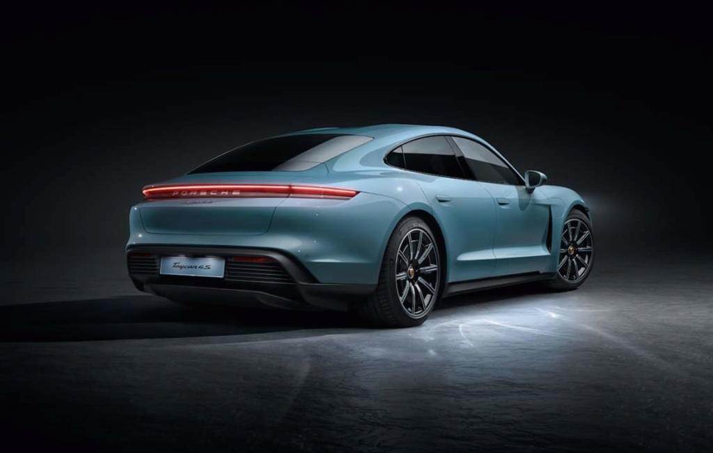 2019 - [Porsche] Taycan [J1] - Page 16 Fb_img62