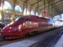 Photo gare + train + tramway à Paris. Hpim0618