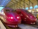 Photo gare + train + tramway à Paris. Hpim0622