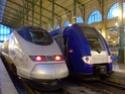 Photo gare + train + tramway à Paris. Hpim0624