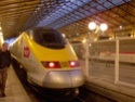 Photo gare + train + tramway à Paris. Hpim0625