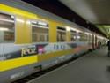 Photo gare + train + tramway à Paris. Hpim0629