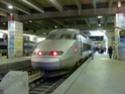 Photo gare + train + tramway à Paris. Hpim0639