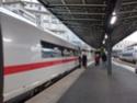 Photo gare + train + tramway à Paris. Hpim0652
