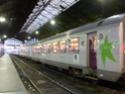 Photo gare + train + tramway à Paris. Hpim0810