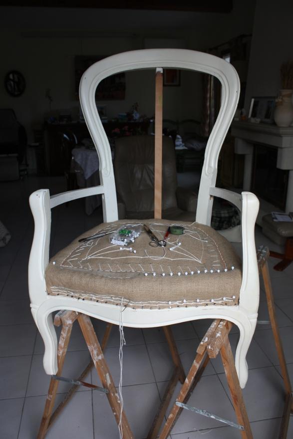 Le fauteuil de Sim Fauteu13