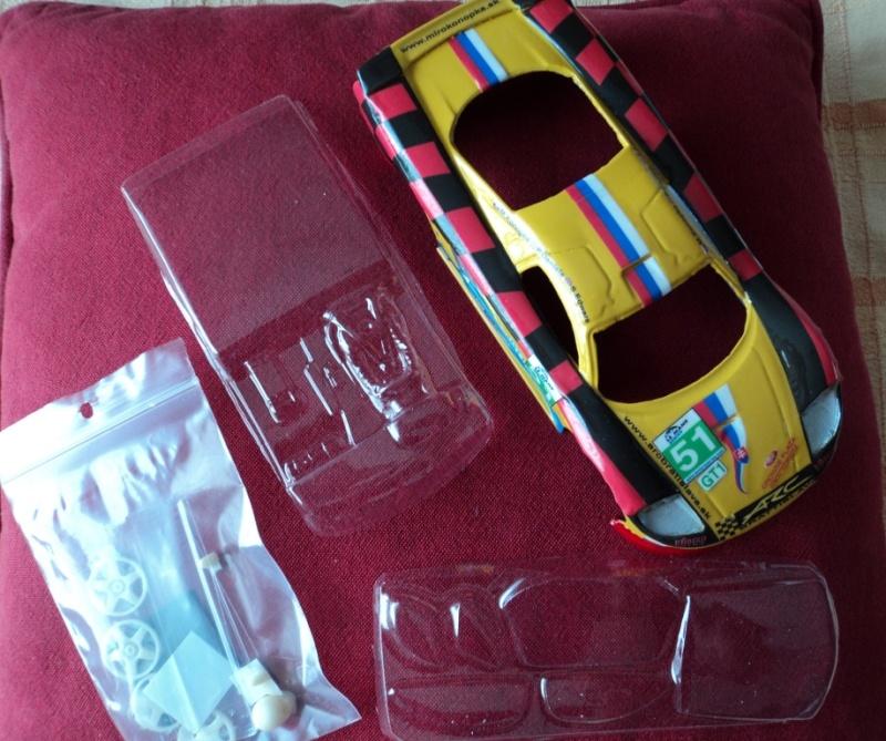 Saleen S7 au 1/24ème Dsc01320