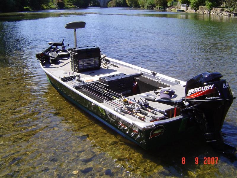 bassboat à vendre Boat_m10