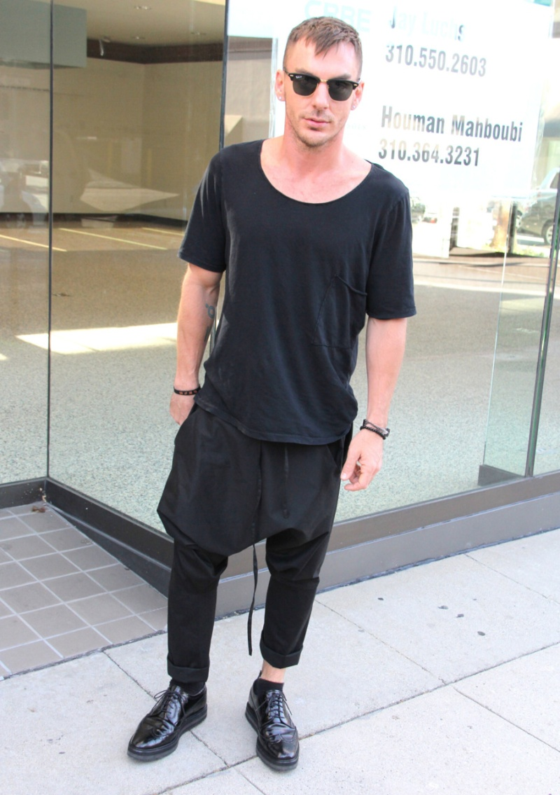 [2011] Shannon Leto à Beverly Hills - candids 0313
