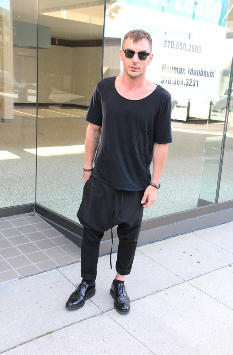 [2011] Shannon Leto à Beverly Hills - candids 0412