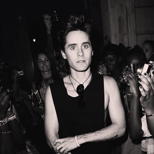 [2011] Jared Leto à Paris pour la Fashion Week - octobre 2011 Tumblr10