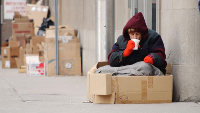 L'exclusion sociale en france La-pau10