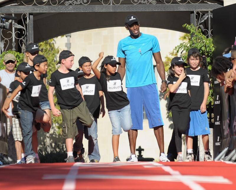 Hublot et Usain Bolt agissent pour récolter des fonds destinés aux enfants 12746010