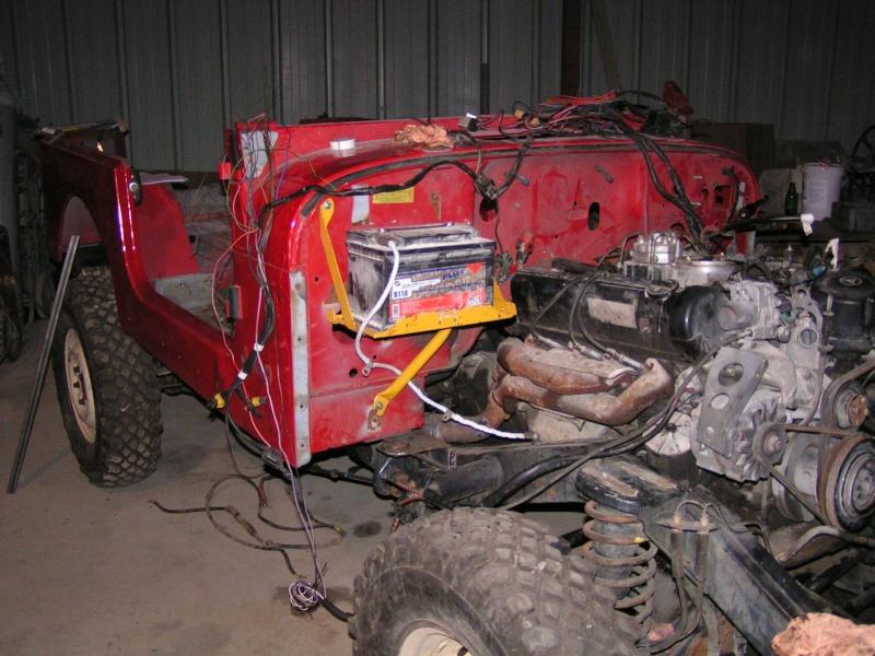 CJ 7 sur chassis mercedes et V8 mercos - Page 3 Pict5310