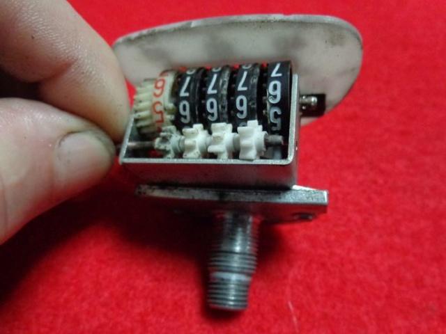 Adecentamiento y puesta a punto de un Velocimetro  Dsc04220