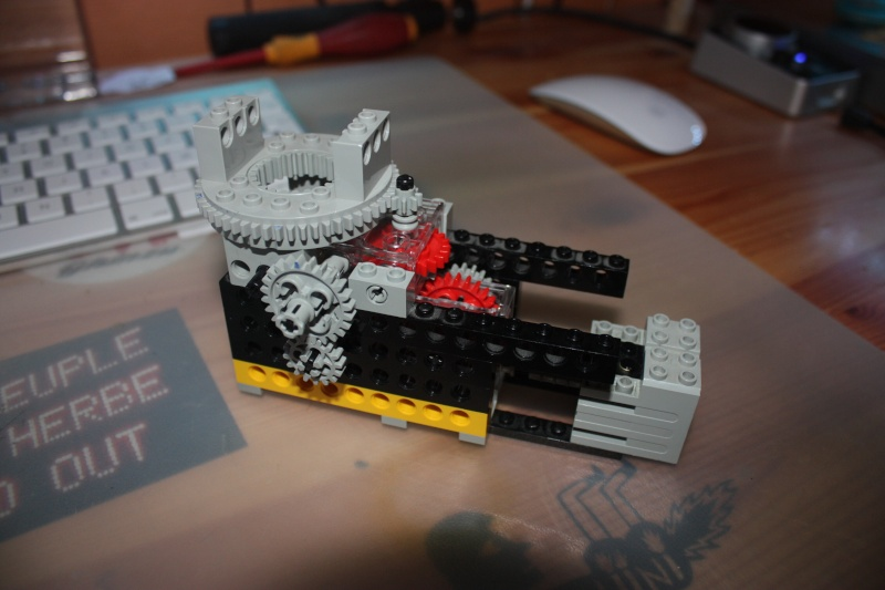 Motorisation rail pour TimeLapse en légo Img_7011